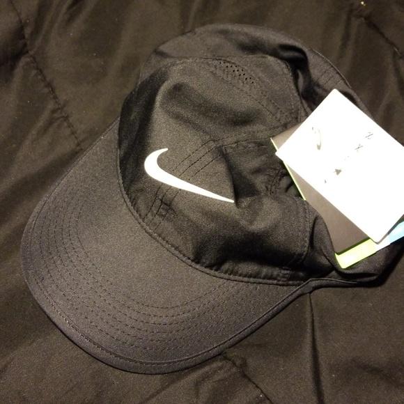 204082d9244 Black Nike Dri Fit Baseball Tennis Dad Cap